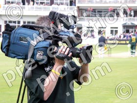 sports tv cameraman - powerpoint graphics